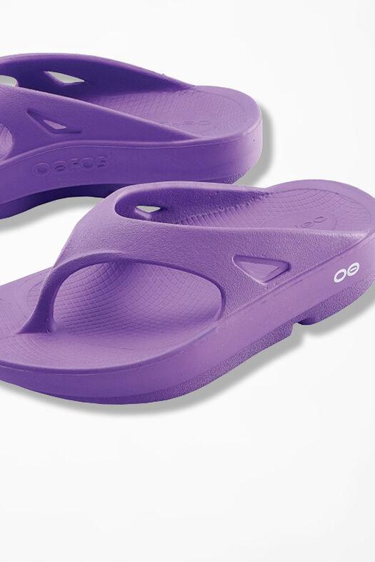 OOFOS® Original Thongs, Violet, large