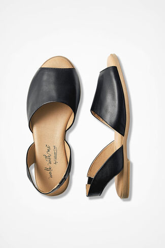 "26596e81c3e5 ""Spokane"" Leather Sandals by Walk With Me™"